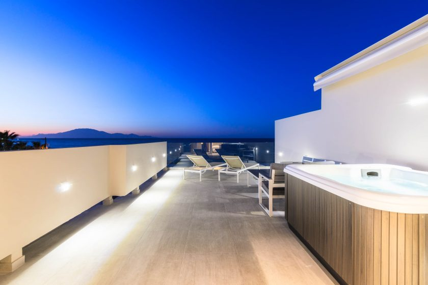 Iakinthos - Tsilivi Beach-front Hotel